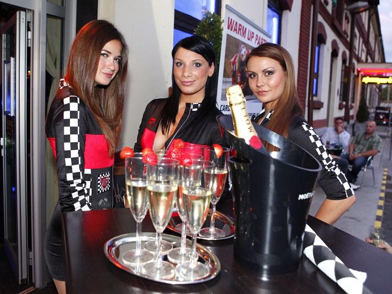 Grand Prix MOTO GP: warm up party jak má být (fotogalerie): - fotka 3