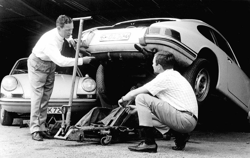 Ferry Porsche se narodil před 100 lety: - fotka 3