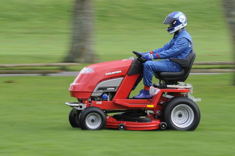 Countax: pracuje se na nejrychlejší sekačce na trávu: - fotka 3
