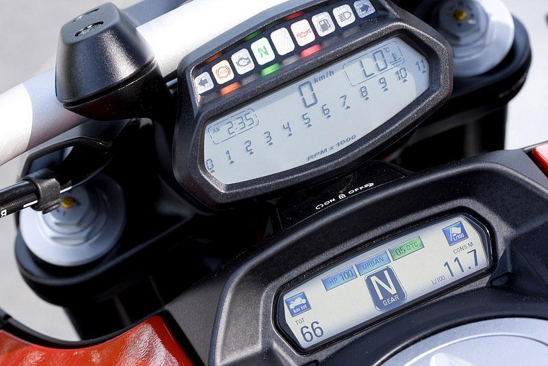 Oficiální představení Ducati Diavel: - fotka 3