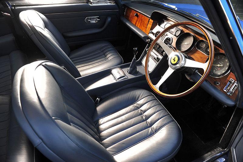 Ferrari 330 GT 2+2: První auto Johna Lennona: - fotka 1