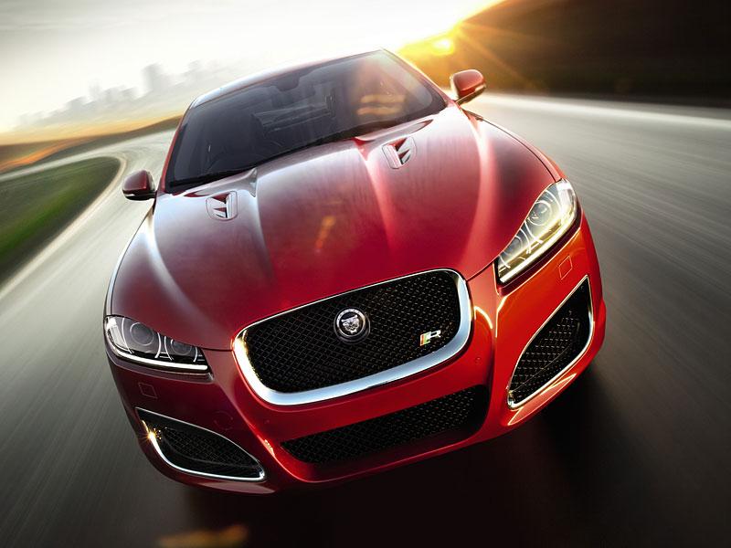 Pod lupou: Jaguar R aneb 25 let rychlých koček: - fotka 3