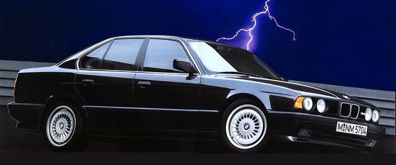 Pod lupou: BMW M5 - Bavorský dálniční expres: - fotka 45