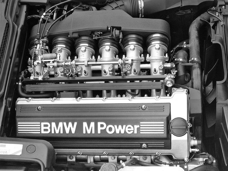 Pod lupou: BMW M5 - Bavorský dálniční expres: - fotka 51