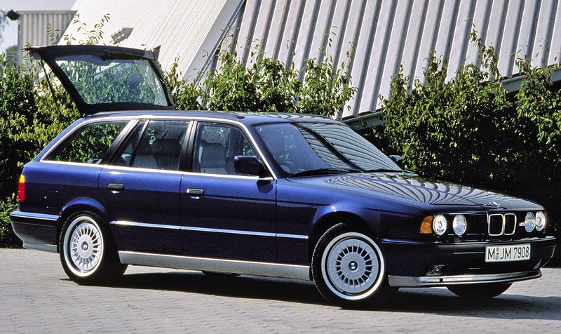 Pod lupou: BMW M5 - Bavorský dálniční expres: - fotka 57