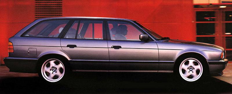 Pod lupou: BMW M5 - Bavorský dálniční expres: - fotka 58