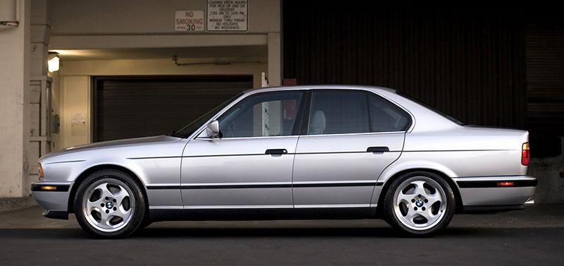 Pod lupou: BMW M5 - Bavorský dálniční expres: - fotka 62