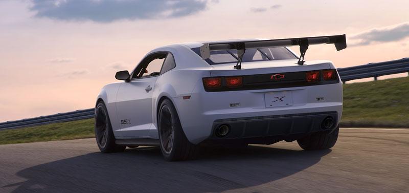 SEMA 2010: Chevrolet Camaro SSX Track Car Concept ...a ti druzí: - fotka 17