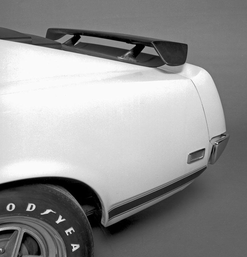 Ford Mustang Boss 302: legenda opět na scéně: - fotka 95