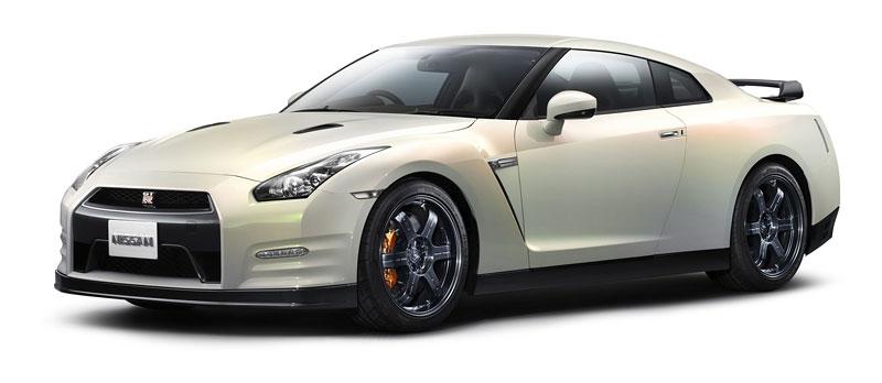 Nissan GT-R Egoist: je libo růžovou?: - fotka 11