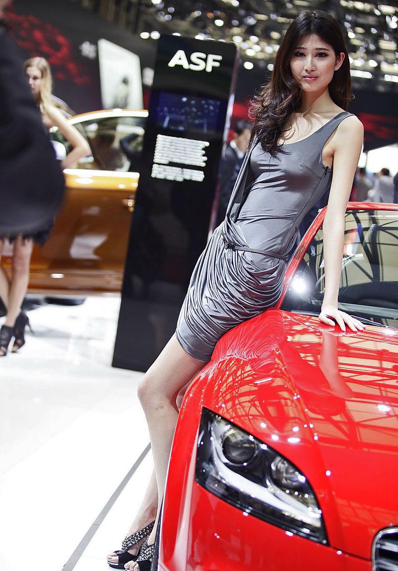 Šanghaj 2011: Babes, díl III.: - fotka 40