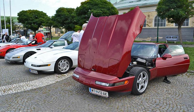 Corvette sraz Praha 2012: velká fotogalerie: - fotka 48