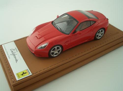 Ferrari představuje California Collection: - fotka 4
