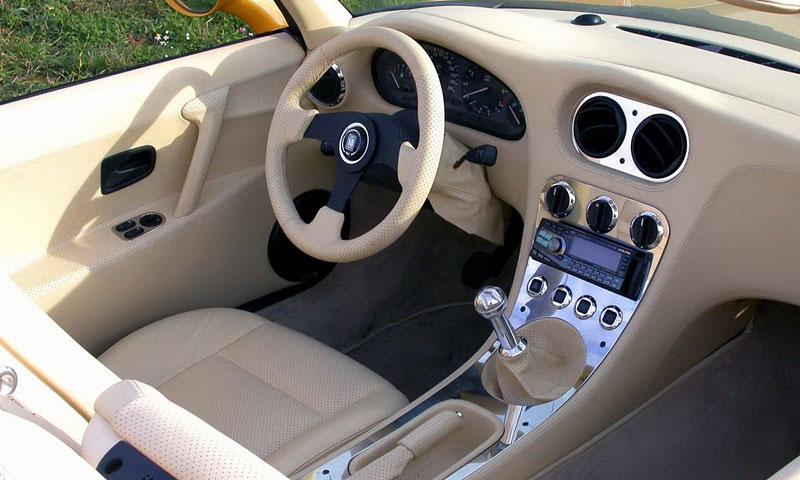 Cardi Body II: dvoumístný roadster s technikou BMW: - fotka 2