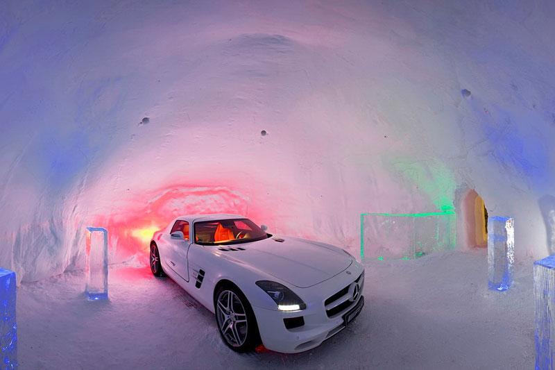 SLS AMG GT3: nový přírůstek do Mercedes-Benz Driving Academy: - fotka 4