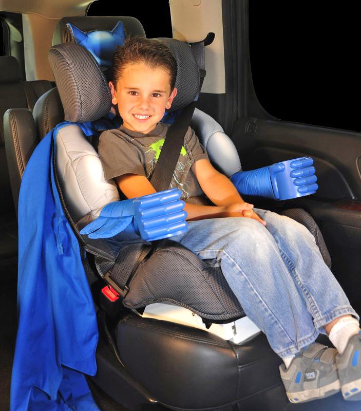 Dětská autosedačka pro malé Batmany a závodníky NASCAR: - fotka 4