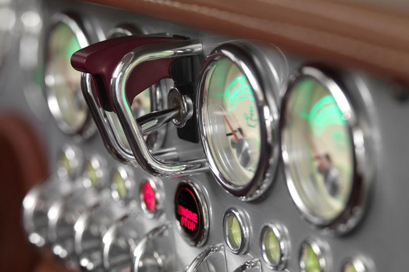 Spyker C8 Preliator: Evoluce namísto revoluce: - fotka 5