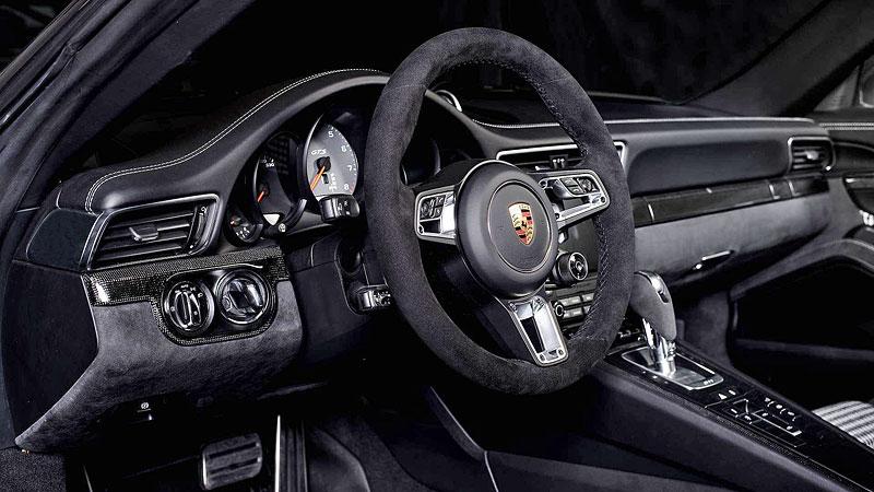 Porsche 911 Targa 4 GTS může být od 911 GT3 RS téměř k nerozeznání: - fotka 1