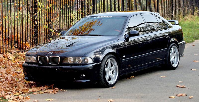 Pod lupou: BMW M5 - Bavorský dálniční expres: - fotka 82