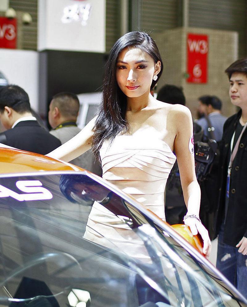 Šanghaj 2011: Babes, díl III.: - fotka 52