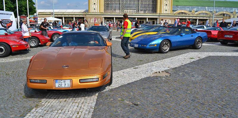 Corvette sraz Praha 2012: velká fotogalerie: - fotka 56