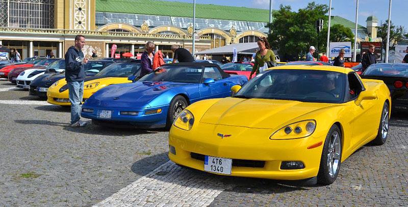 Corvette sraz Praha 2012: velká fotogalerie: - fotka 57