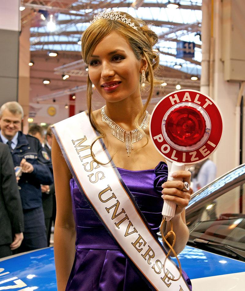 Essen 2009: nejhezčí holky výstavy: - fotka 7