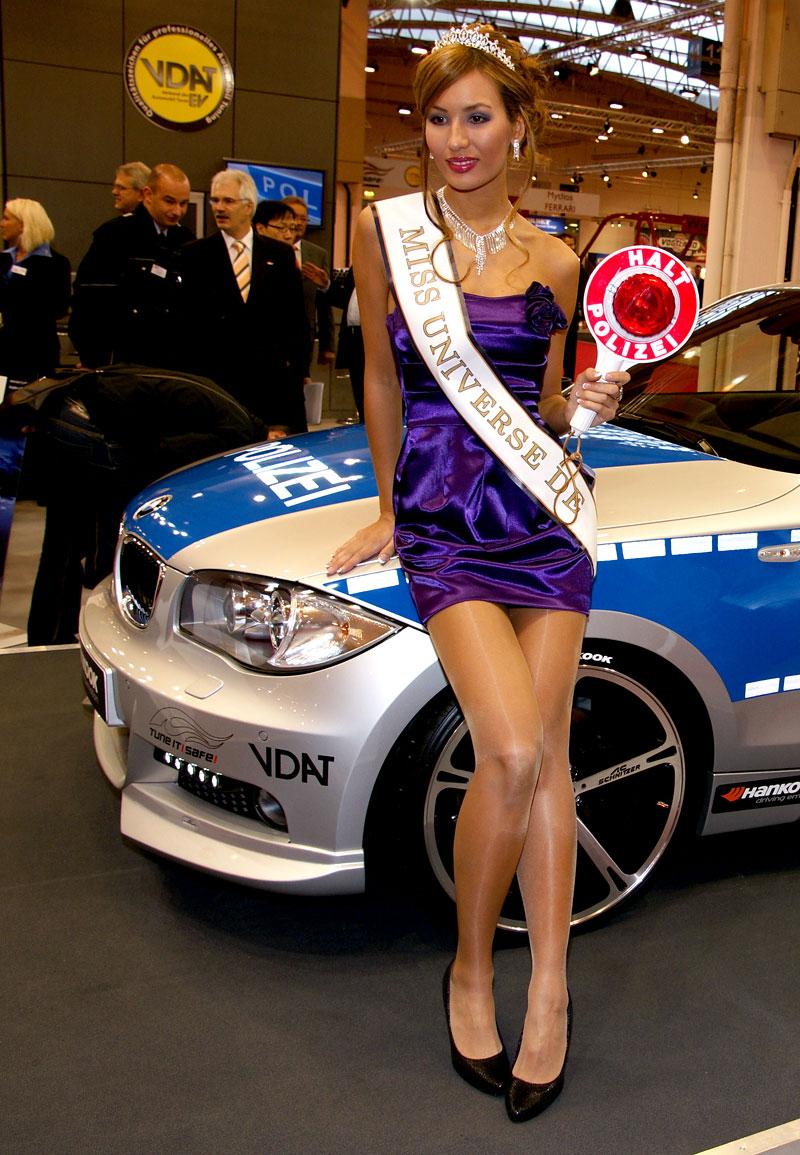 Essen 2009: nejhezčí holky výstavy: - fotka 8