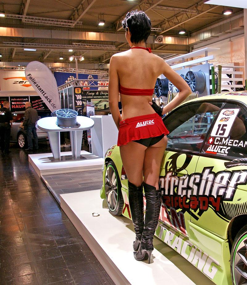 Essen 2009: nejhezčí holky výstavy: - fotka 15