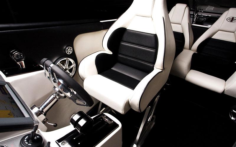 Mercedes-Benz SLS AMG inspirací pro motorový člun Cigarette Racing: - fotka 2