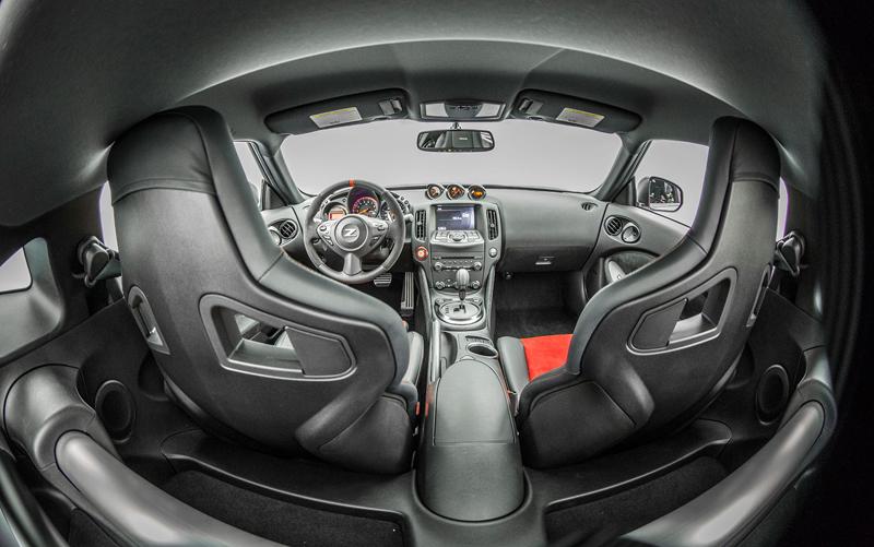 I ty, Nismo? Nissan 370Z bude z audiosystému pouštět falešný zvuk motoru: - fotka 4