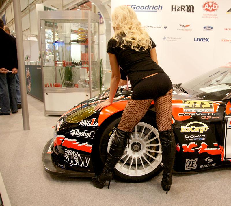 Essen 2009: nejhezčí holky výstavy: - fotka 29