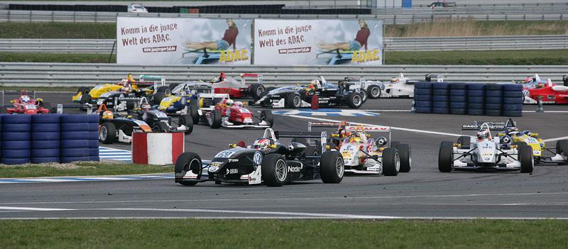 Essen Motor Show 2010: velká fotogalerie závodních aut: - fotka 6