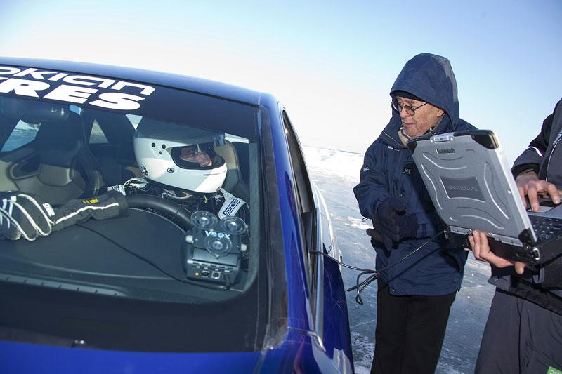 Nokian Tyres: rychlostní rekord Bentleye na ledu překonán!: - fotka 2