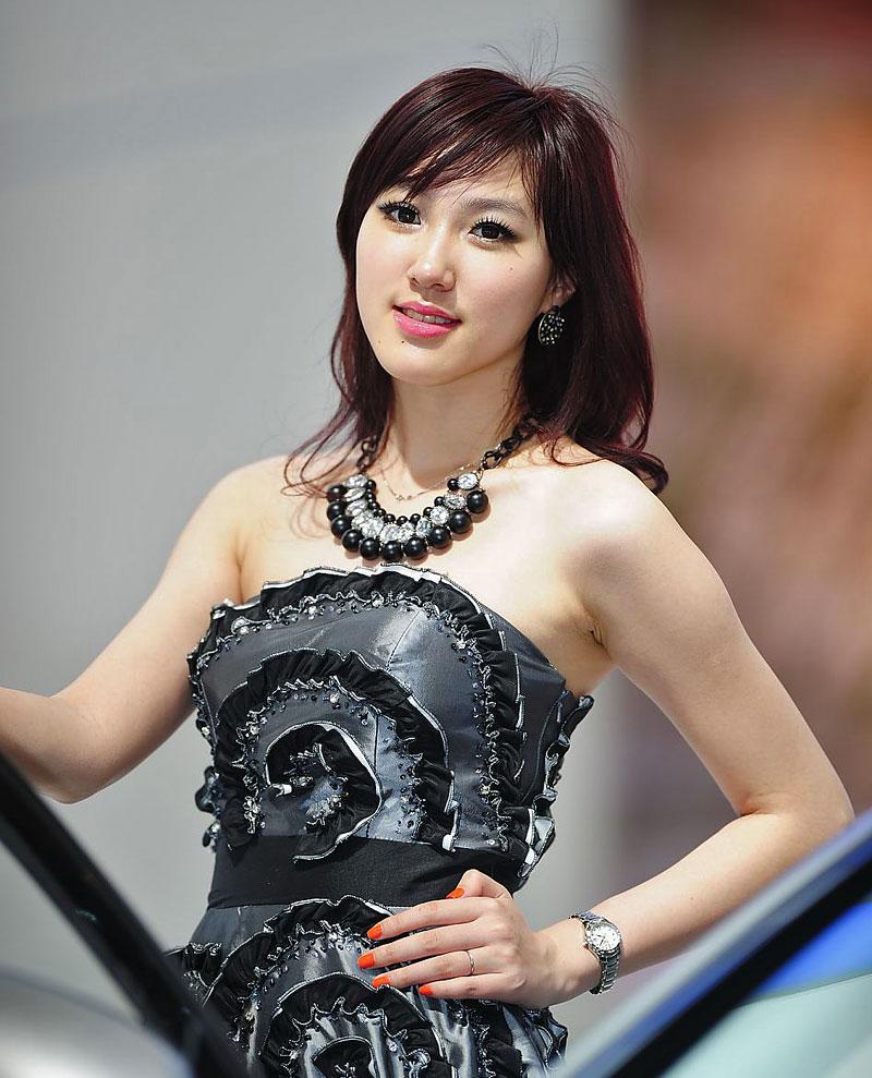 Šanghaj 2011: Babes, díl III.: - fotka 70