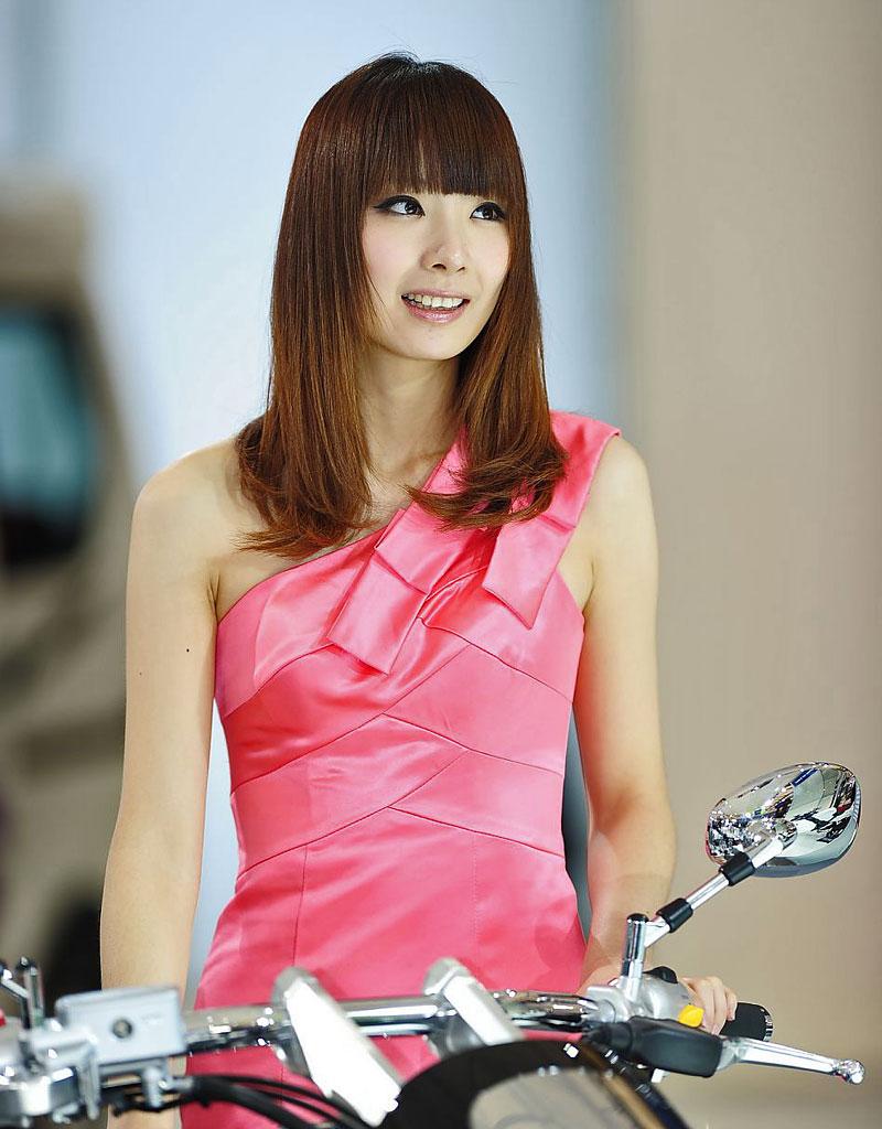 Šanghaj 2011: Babes, díl III.: - fotka 73