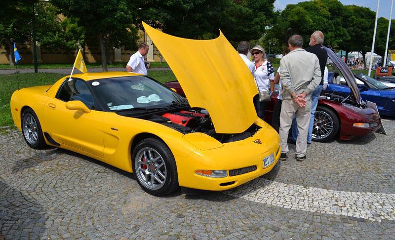 Corvette sraz Praha 2012: velká fotogalerie: - fotka 73