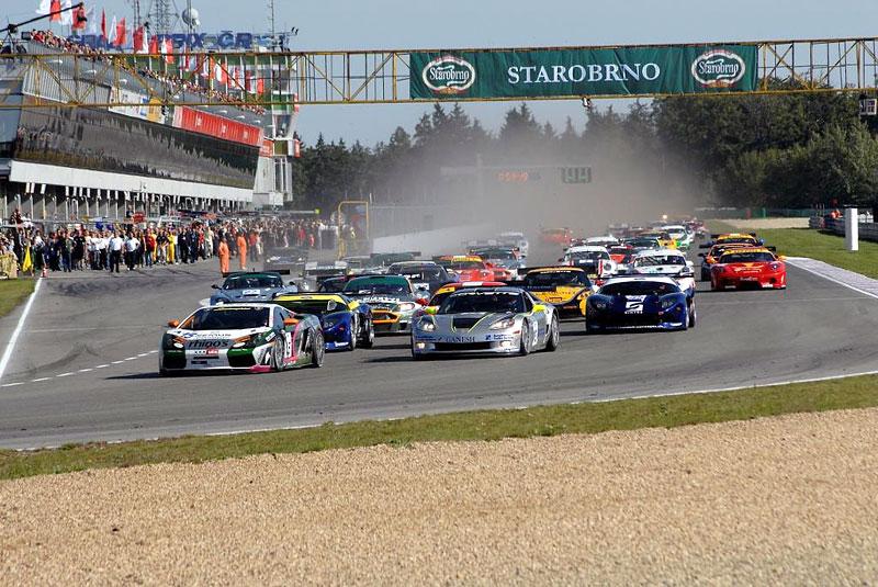 Tip na víkend: Maserati, Corvette, Aston Martin a Lamborghini v Brně: - fotka 7