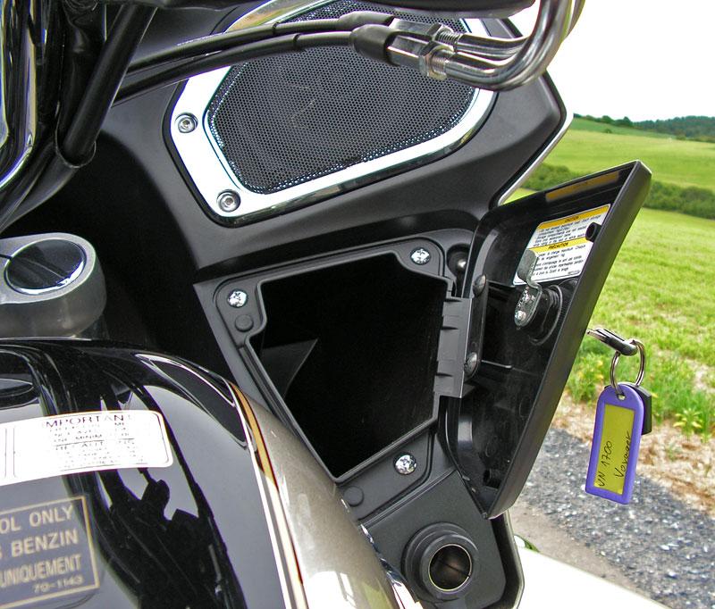 Test: Kawasaki VN1700 Voyager a srovnání s Harley-Davidson Electra Glide: - fotka 5