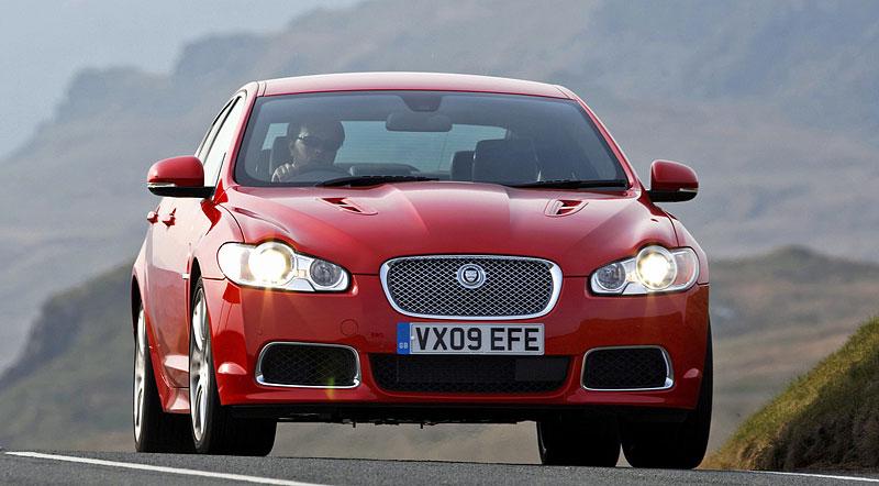 Pod lupou: Jaguar R aneb 25 let rychlých koček: - fotka 7