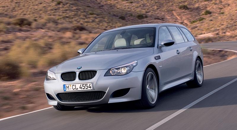 Pod lupou: BMW M5 - Bavorský dálniční expres: - fotka 153