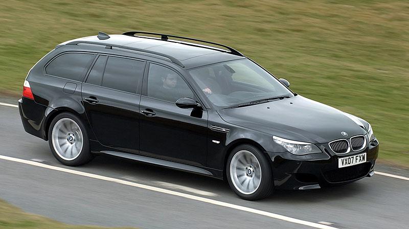 Pod lupou: BMW M5 - Bavorský dálniční expres: - fotka 164