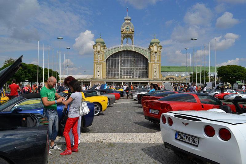 Corvette sraz Praha 2012: velká fotogalerie: - fotka 81