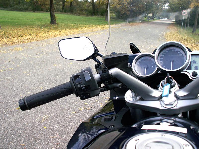 Dueltest - Yamaha FJR1300A vs. Kawasaki 1400GTR: - fotka 6