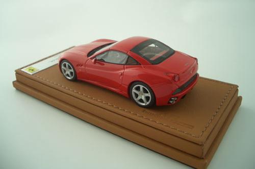 Ferrari představuje California Collection: - fotka 8