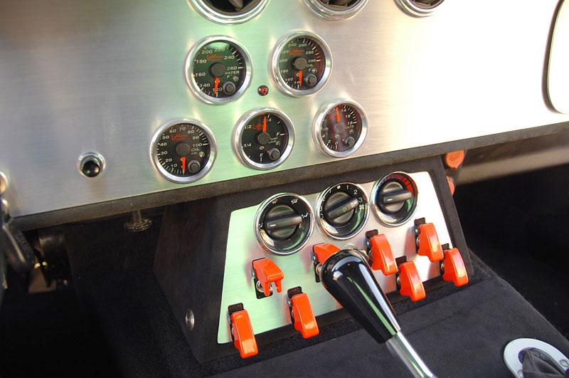 Shelby Daytona Coupe Le Mans Edition: replika závodní hvězdy: - fotka 6