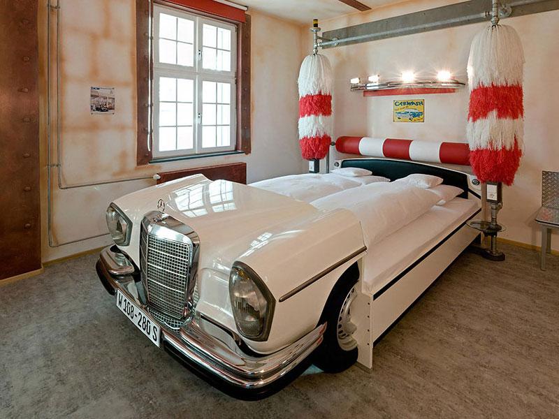 V8 hotel ve Stuttgartu: kdy jste naposledy přespali v myčce?: - fotka 8