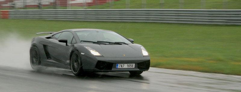 Přijďte na největší setkání sportovních aut u nás: - fotka 9