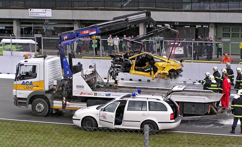 FIA GT: ošklivá havárie při závodě v Brně: - fotka 9