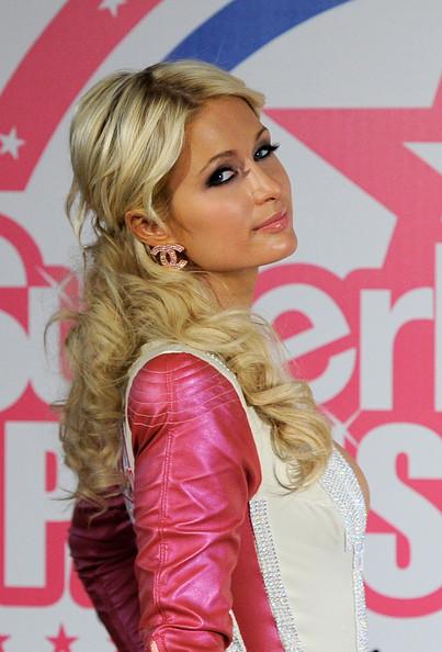 Paris Hilton vstupuje do MotoGP: - fotka 9